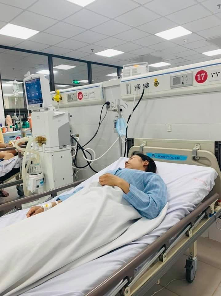 Dùng tinh dầu đuổi muỗi, cả gia đình 4 người nhập viện