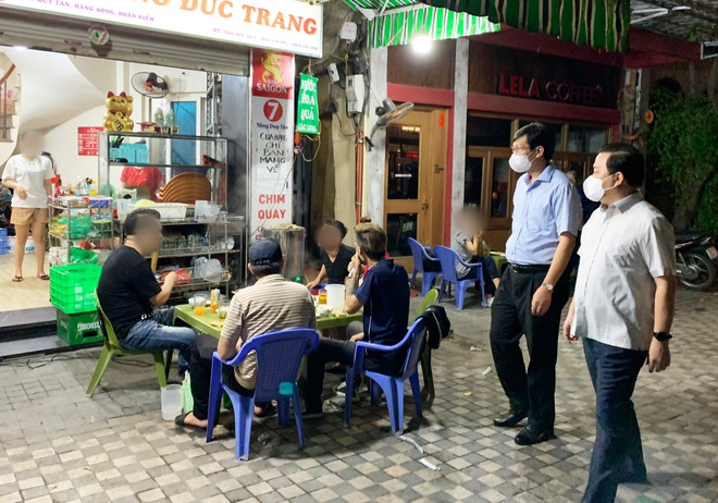 Phó Chủ tịch Hà Nội bắt tại trận nhiều nhà hàng đón khách sau 21h